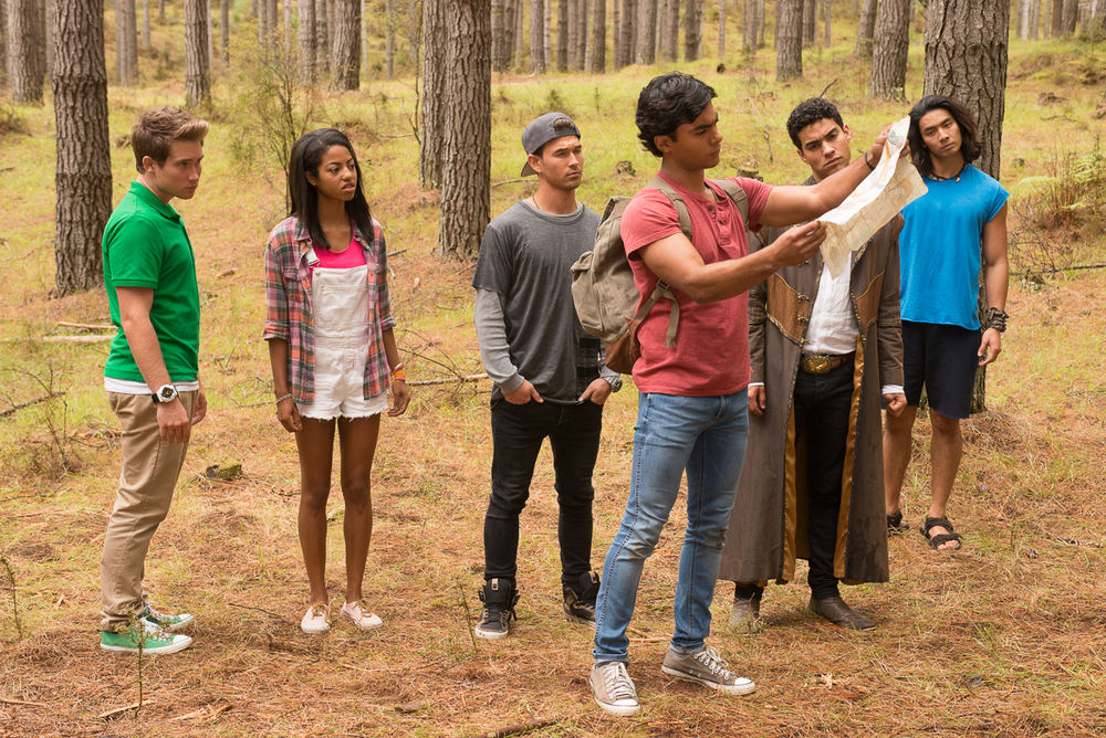 Power Rangers Dino Charge production still